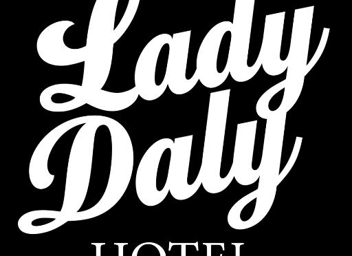 GIB CRAWL #3 – LADY DALY HOTEL PORT ROAD